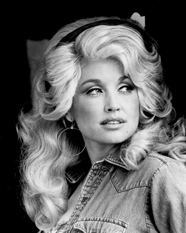 Dolly Parton at the turn of the 1970s